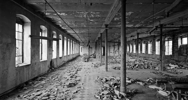 Fredrik Marsh: Abandoned Factory, Lepziger Strasse, 2004