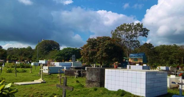 "Image of Megan Chamberlain: ""Sunny Day in Puerto Jimenez,"" photography"